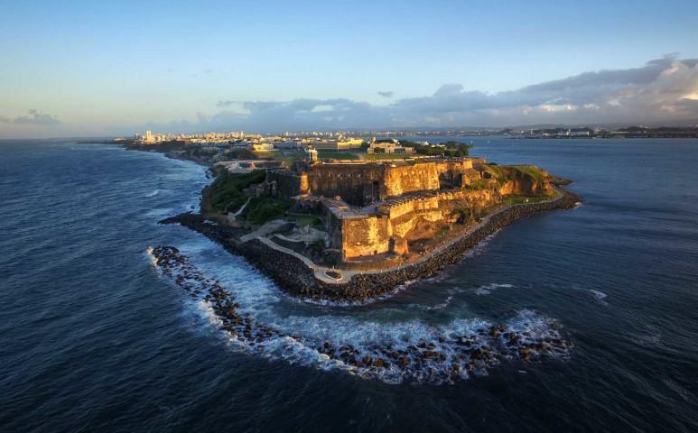 Elit klub tagja lesz Puerto Rico: 100%-ban átáll a megújulókra