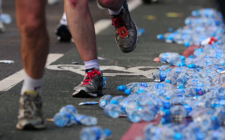 Szeméthegy a környezetvédelemért való futás hozadéka...