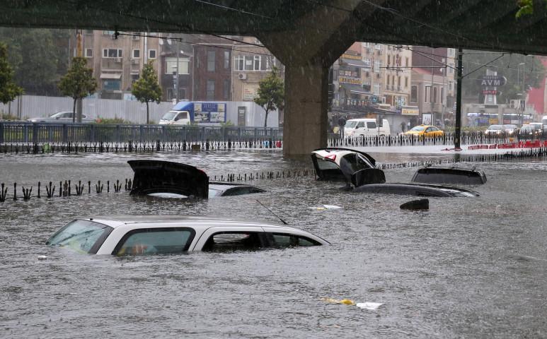 2,6 milliárd embert mosott el az áradás