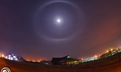 Januári halo a Hold körül