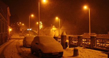 Éjszakai havazás Pécsett