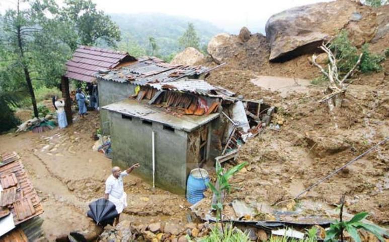 Egyre nő a halálos áldozatok száma Indiában a heves monszun miatt