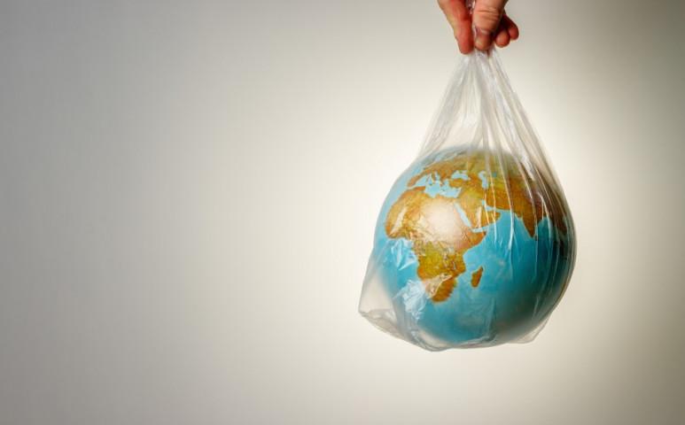 Totális háború a műanyagzacskók ellen!