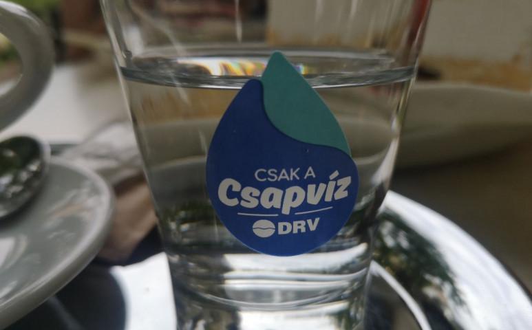 Most a víz ingyen van