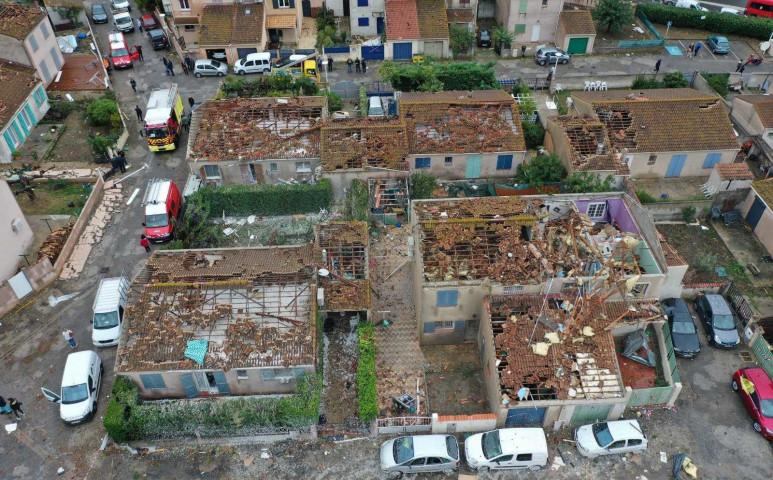 Ritka, multiple-vortex tornádó pusztított Franciaországban