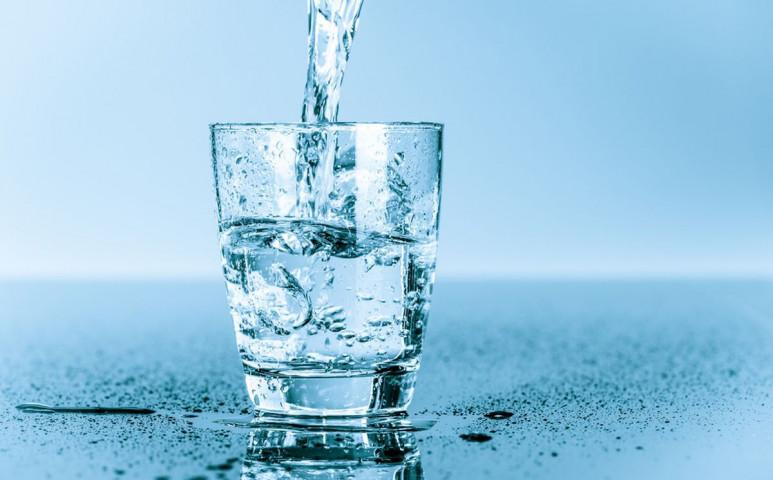 Garantáltan tiszta vizet akar inni? Ehhez csak egy kulacs kell!