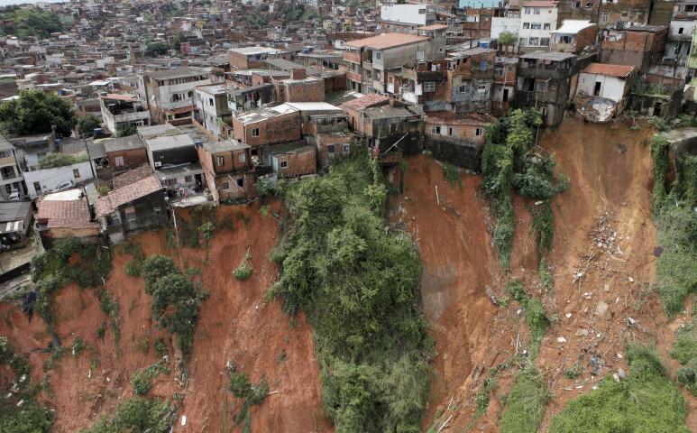 Heves eső és földcsuszamlás Brazíliában
