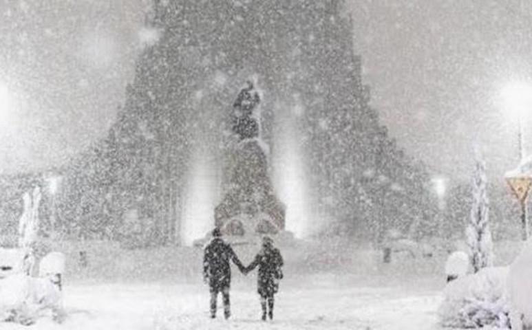 Izlandon 200 km/h feletti szélerősségű hóvihar tombol