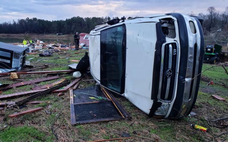 Alabama, Texas és Louisiana ostrom alatt - eső, szél és tornádó