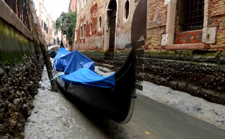 Most a víz hiánya okozott gondot Velencében
