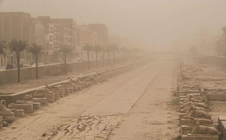 Ritka és erős ciklon tombol a Sínai-félszigeten