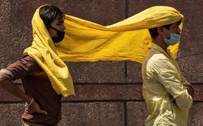 50°C-os hőség tombol Indiában