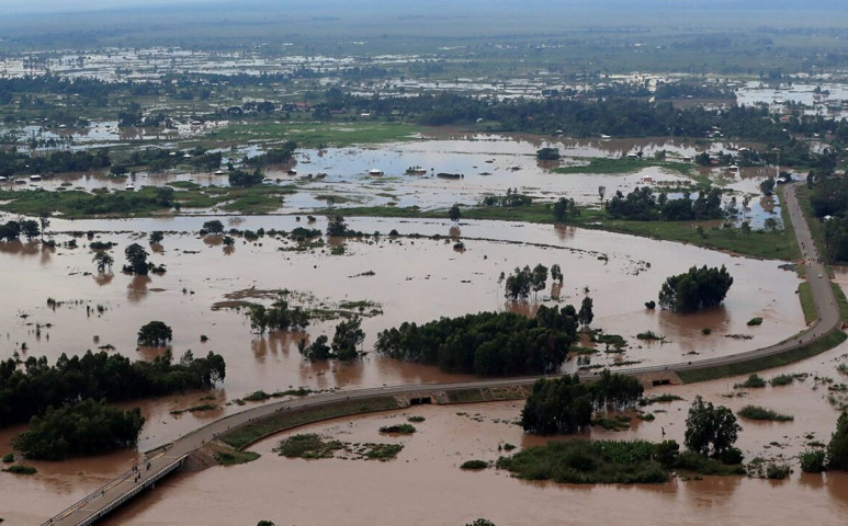 285 halálos áldozata van a kenyai esőzéseknek