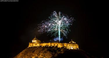 Tűzijáték a Sümegi várban
