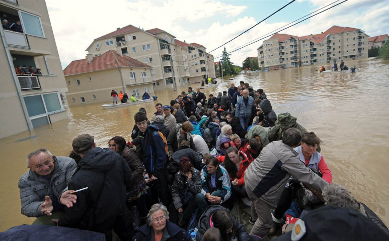 Durva áradás Szerbiában és Bosznia Hercegovinában