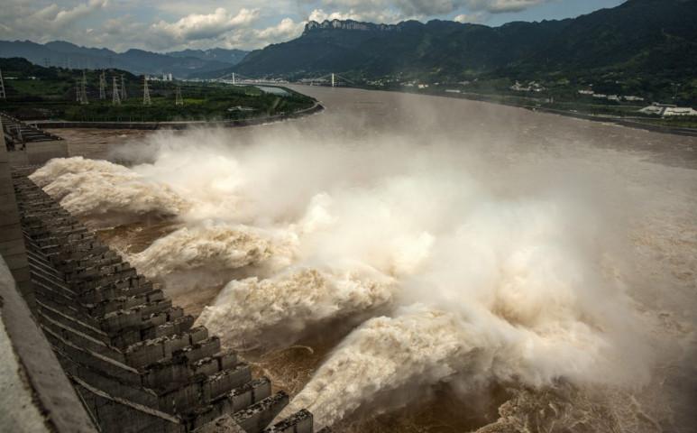 Borzalmas dühvel árad a Jangce