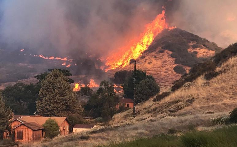 Lángokban áll Kalifornia