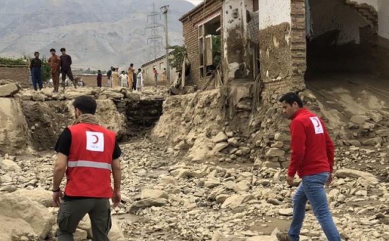 Már 190 halálos áldozata van az afganisztáni kiterjedt áradásoknak