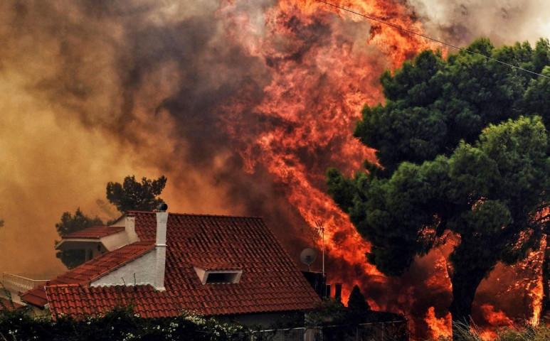 Nem csak az USA, Görögország is lángol!