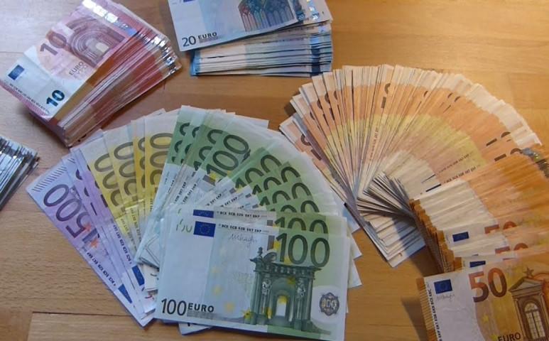 Bécs pénzt ad a javíttatásra!