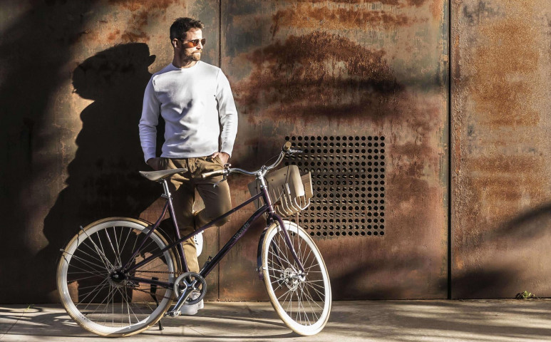 Mire jó az üres kávékapszula? Mondjuk biciklizni rajta!