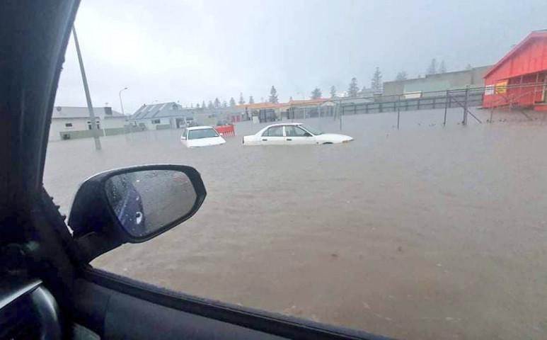 Rekordmennyiségű eső esett Új-Zélandon
