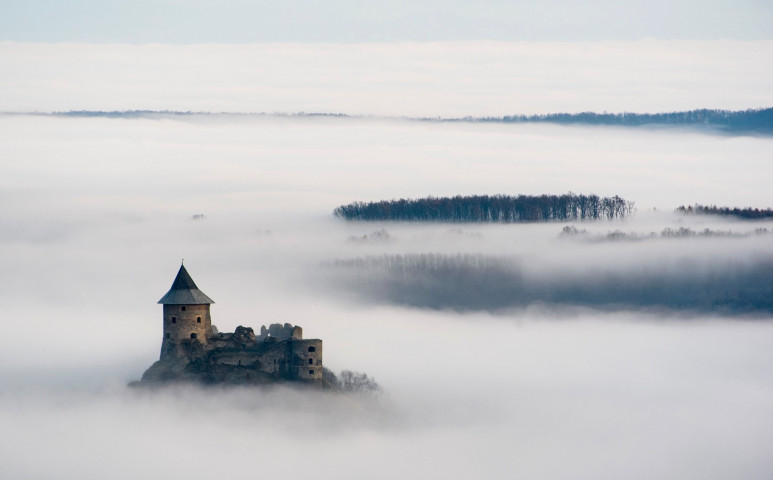 Egyelőre marad ködfelhős idő