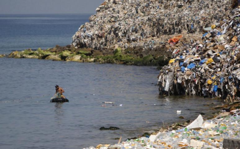 Az óceáni műanyagból készít üzemanyagot egy új lehetőség