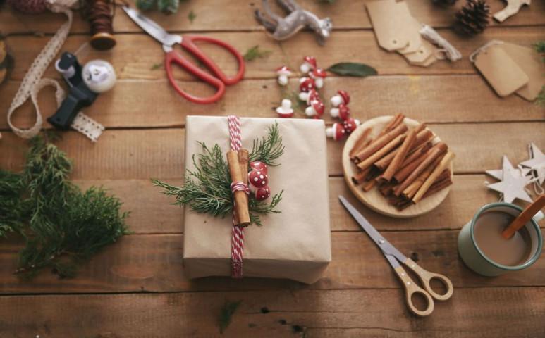 Ajándékozzuk meg a bolygót karácsonykor környezettudatos csomagolással