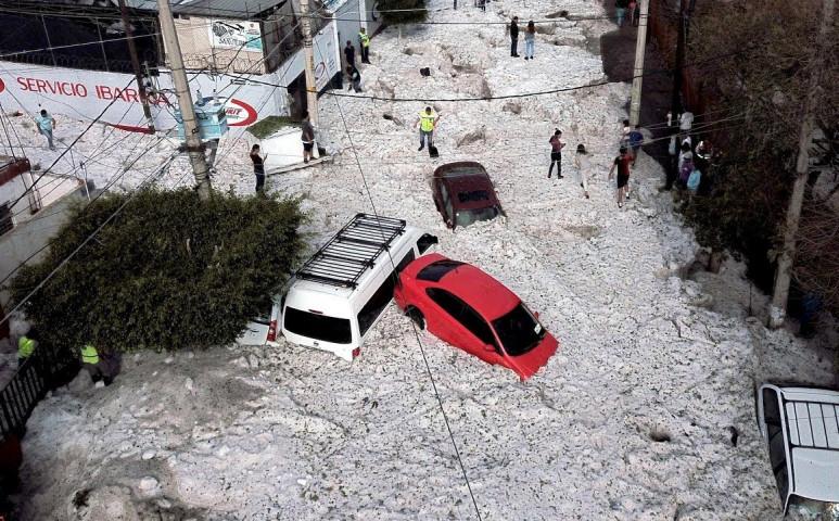Bejrutban eddig nem látott intenzitású jégeső tombolt