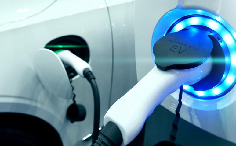 5 perc alatt teljesen feltölthető elektromos autó?