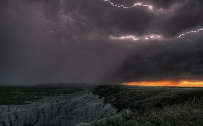 Ítéletidő közelít az USA délkeleti régiójához - pusztító tornádókra számítanak
