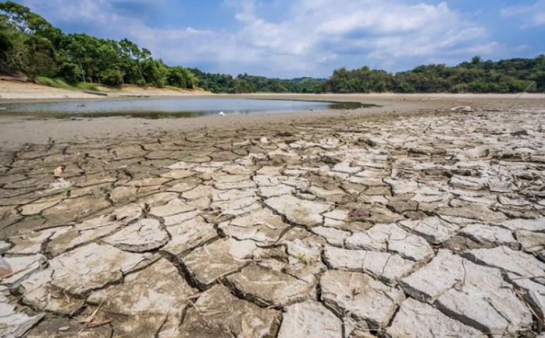 Angolában az esős évszakban pusztít a szárazság