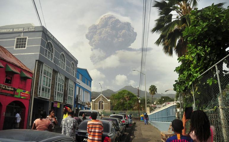 Gigantikus vulkánkitörés készülődik
