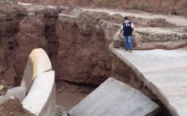 Peruban 3000 házat és több hidat is károsított az áradás