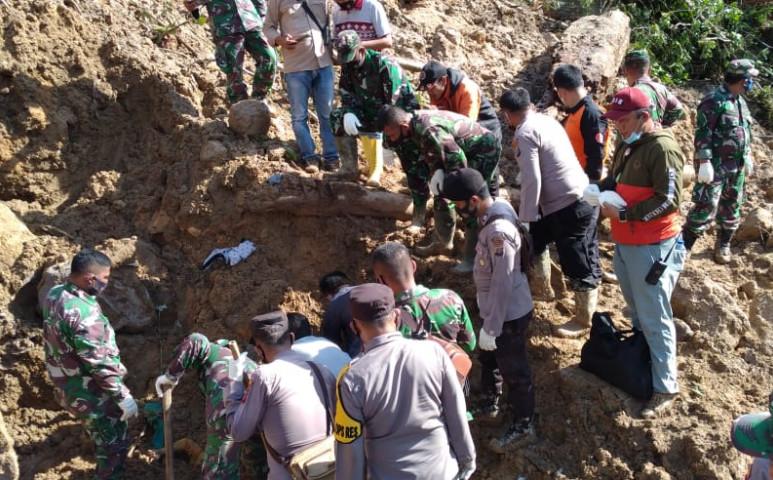 Újabb halálos földcsuszamlás Indonézia egyik kétes hírű területén