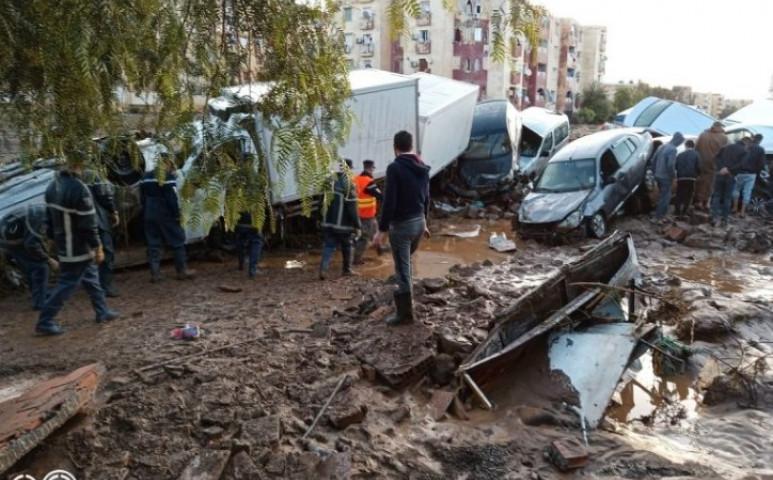 Algériában brutális méreteket öltött a villámáradás
