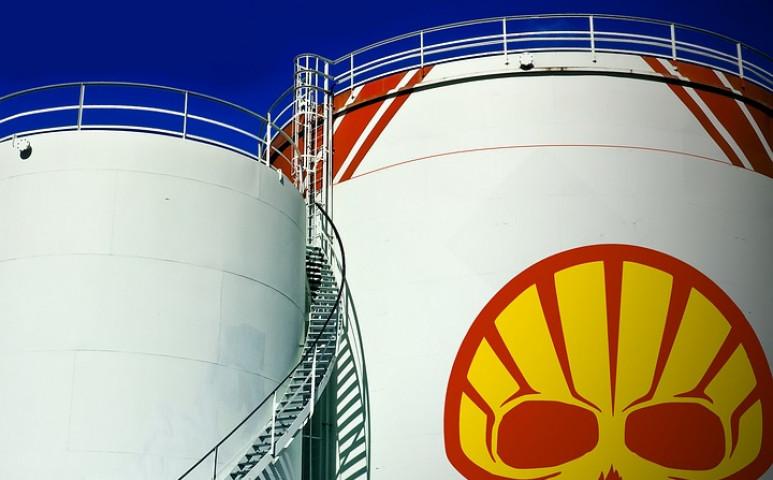 Bíróság kötelezi a Shellt a károsanyag-kibocsátás drasztikus csökkentésére!
