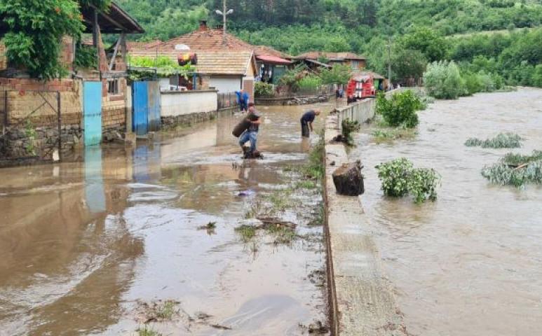 60 mm csapadék egyetlen óra alatt Bulgáriában: a következmények lesújtóak