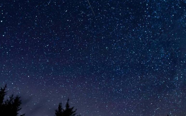Szeretné jobban látni a hullócsillagokat- ebben segíthet az Egy hét a csillagok alatt