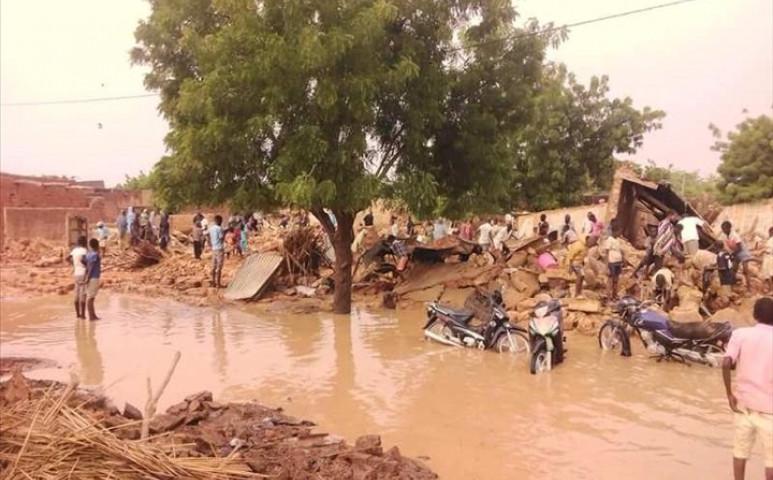 Áradás és kolera Nigerben
