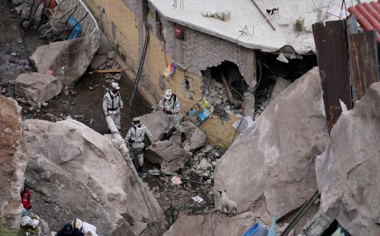 Sziklaomlás tarolta le a házakat Mexikóváros külterületén