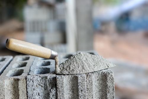 Karbonsemleges cementgyártás a cél, de a megvalósítás labilis lábakon áll
